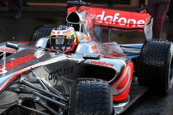 Pedro de la Rosa, Test Driver, McLaren Mercedes, MP4-24, detail