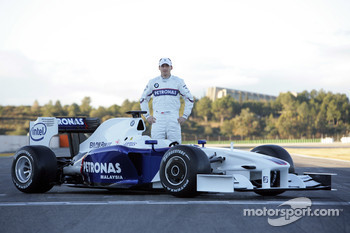 Nick Heidfeld with the new BMW Sauber F1.09