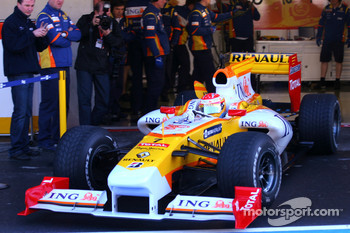 Fernando Alonso, Renault F1 Team, in the new R29