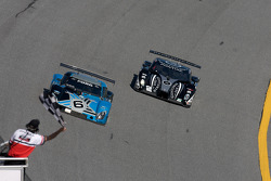 End of the session: #6 Michael Shank Racing Ford Riley: A.J. Allmendinger, Ian James, John Pew, Michael Valiante, #2 Childress-Howard Motorsports Pontiac Crawford: Rob Finlay, Casey Mears, Danica Patrick, Andy Wallace