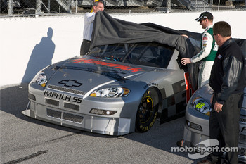 Hendrick Motorsports' 25th anniversary season car unveiling event: Dale Earnhardt Jr. unveils his car