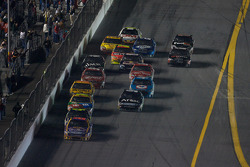Jamie McMurray, Roush Fenway Racing Ford leads the field
