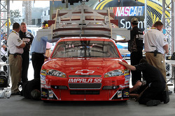 Tech inpection for backup car of Tony Stewart, Stewart-Haas Racing Chevrolet