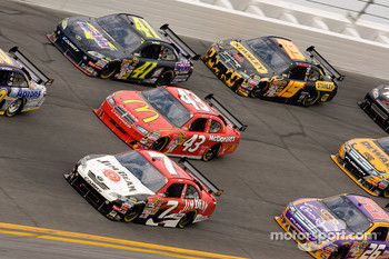 Robby Gordon, Robby Gordon Motorsports Dodge, Reed Sorenson, Richard Petty Motorsports Dodge, Jeremy Mayfield, Mayfield Motorsports Toyota