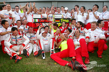 Toyota F1 Team celebrates podium finish of Jarno Trulli