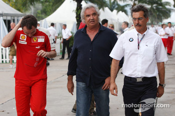 Stefano Domenicali, Scuderia Ferrari Sporting Director, Flavio Briatore, Renault F1 Team, Team Chief, Managing Director and Dr. Mario Theissen, BMW Sauber F1 Team, BMW Motorsport Director