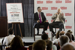 Office Depot Chamber day in the Speedway Club at the Texas Motor Speedway: Bruton Smith talks withTexas Mayor, Tom Leppert