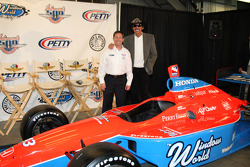 Richard Petty and John Andretti pose with the No. 43