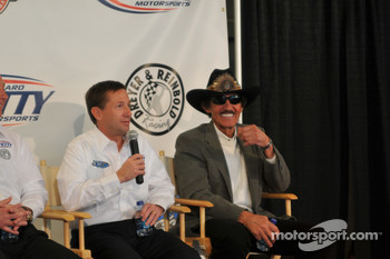 John Andretti and Richard Petty have a laugh