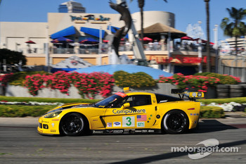 #3 Corvette Racing Chevrolet Corvette C6-R: Johnny O'Connell, Jan Magnussen