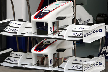 Front wing and nose, BMW Sauber F1 Team