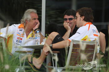Flavio Briatore, Renault F1 Team, Team Chief, Managing Director, Luis Garcia Abad, Manager of Fernando Alonso, Fernando Alonso, Renault F1 Team