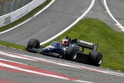 #15 Patrick D'Aubreby (F) Tyrrell 012-6, Ecurie Griffiths (1983-84)