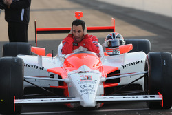 Front row shoot: Helio Castroneves, Penske Racing was a little cold