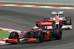 Lewis Hamilton, McLaren Mercedes and Timo Glock, Toyota F1 Team
