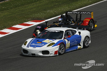 #90 FBR Ferrari F430 GT: Pierre Ehret, Dominik Farnbacher; #26 Bruichladdich Bruneau Radical SR9 - AER: Pierre Bruneau, Tim Greaves, Jonathan Coleman