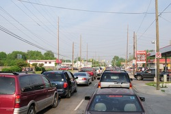 Pre race traffic to the speedway