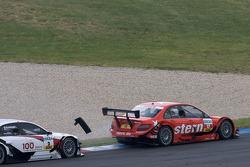 Mathias Lauda, Mücke Motorsport AMG Mercedes C-Klasse and Tom Kristensen, Audi Sport Team Abt Audi A4 DTM crash