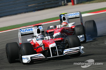 Jarno Trulli, Toyota F1 Team and Timo Glock, Toyota F1 Team