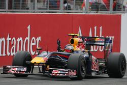 Sebastian Vettel, Red Bull Racing, takes the checkered flag