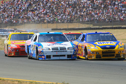 Reed Sorenson, Richard Petty Motorsports Dodge, Patrick Carpentier, Michael Waltrip Racing Toyota