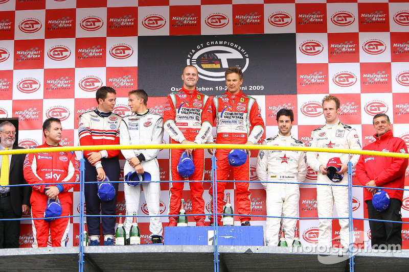 GT2 podium: class winners Toni Vilander and Gianmaria Bruni, second place Sean Edwards and Marco Holzer, third place Frédéric Makowiecki and Stefan Mücke