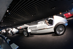 Silver arrows: 1934 Mercedes-Benz W 25 750-kg racing car