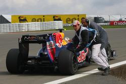 Sebastian Vettel, Red Bull Racing stops on track