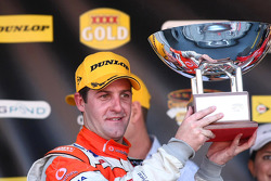 Jamie Whincup takes second