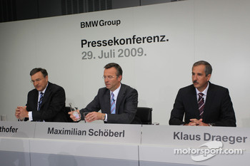 Dr. Norbert Reithofer (chairman of BMW AG), Maximilian Schöberl, Dr. Klaus Draeger (head of development)