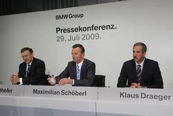 Dr. Norbert Reithofer (chairman of BMW AG), Maximilian Schöberl, Dr. Klaus Draeger (head of development)