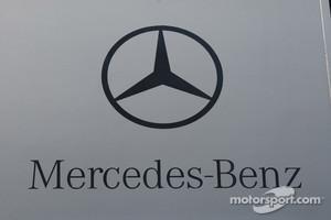McLaren Mercedes logo