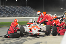 Ryan Briscoe, Team Penske makes a pitstop