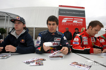 Mirko Bortolotti, Robert Wickens and Henri Karjalainen during the F2 driver autograph session