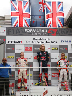 Podium: second place Alexander Sims, Mücke Motorsport, Dallara F308 Mercedes, race winner Brendon Hartley, Carlin Motorsport, Dallara F308 Volkswagen, third place Sam Bird, Mücke Motorsport, Dallara F308 Mercedes