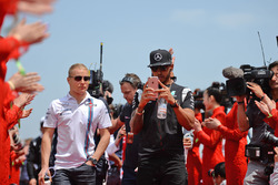 Lewis Hamilton, Mercedes AMG F1 Team and Valtteri Bottas, Williams on the drivers parade