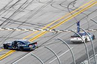 NASCAR XFINITY Foto - Elliott Sadler, JR Motorsports Chevrolet race winner