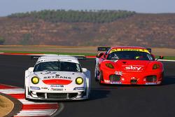 #97 Brixia Racing Porsche 911 GT3 RSR: Luigi Lucchini, Martin Ragginger, #56 CRS Racing Ferrari F430: Andrew Kirkaldy, Rob Bell
