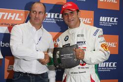 Alex Zanardi, BMW Team Italy-Spain, BMW 320si gets the