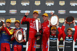 Podium: Cameron McConville and Jason Richards, Garth Tander, Will Davison, Lee Holdsworth and Michael Caruso