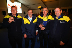 Prize giving party: Michelin team members