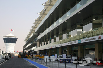 The pit lane of the New Abu Dhabi Yas Marina Circuit