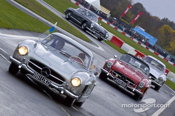 Gullwing drivers parade