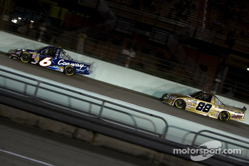 Colin Braun leads Matt Crafton