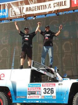#326 Hummer: Carlo De Gavardo and Juan Pablo Rodriguez after scrutineering