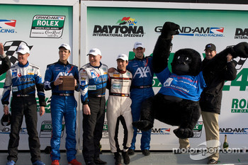 GT podium: third place Ted Ballou, Kelly Collins, Patrick Flanagan, Wolf Henzler, Andy Lally