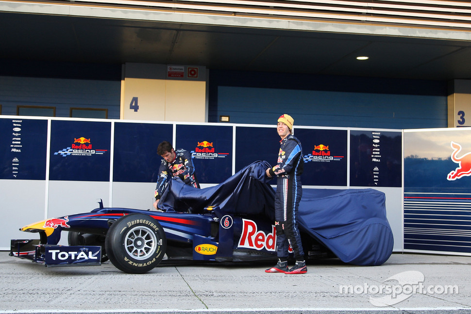 Mark Webber, Red Bull Racing and Sebastian Vettel, Red Bull Racing unveil The new Red Bull RB6 Launch