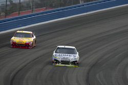 Jimmie Johnson, Hendrick Motorsports Chevrolet and Kevin Harvick, Richard Childress Racing Chevrolet