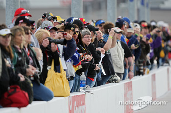 Fans wait for their favorite drivers