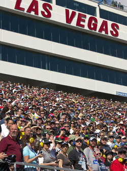 Las Vegas fans ready for the race